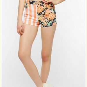 "MINKPINK ""In The Grass"" Shorts"